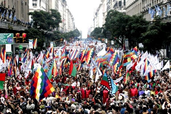 marcha-pueblos-originarios-buenos-aires-mayo-2010